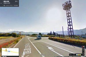 「阿蘇大御神御足跡石」前の鉄塔【国道325号線】