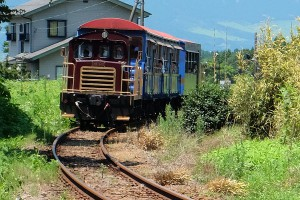 地震後運行再開したトロッコ列車[南阿蘇鉄道]