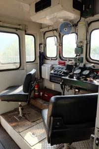 DB16形ディーゼル機関車運転席[南阿蘇鉄道]
