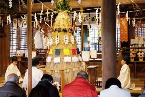 茅を編んでつくった葦塚(あしづか)神様[節分祭・阿蘇神社]